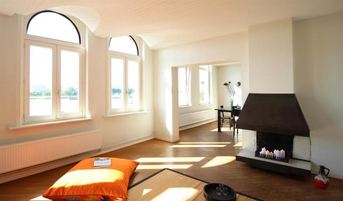 Appartement met first-class Scheldezicht