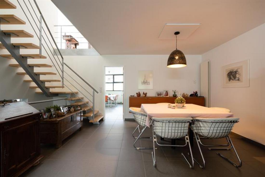 Woning van architect Gie Wollaert met heerlijke zwemvijver