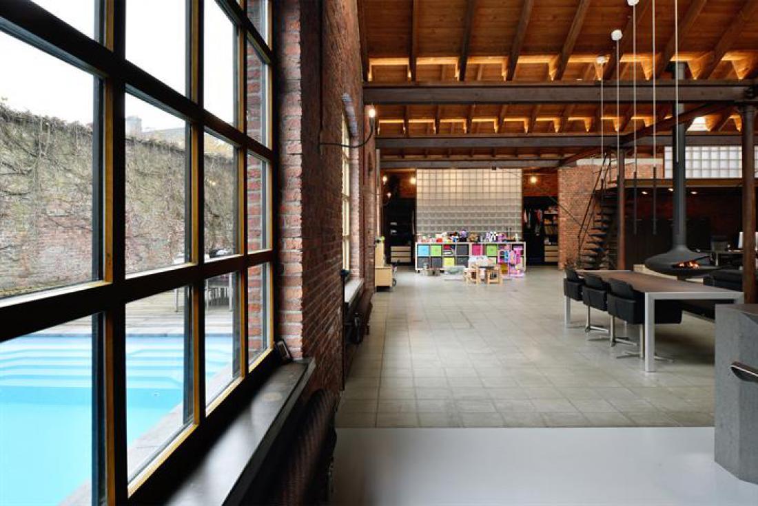 Robuuste loft in oude vatenfabriek
