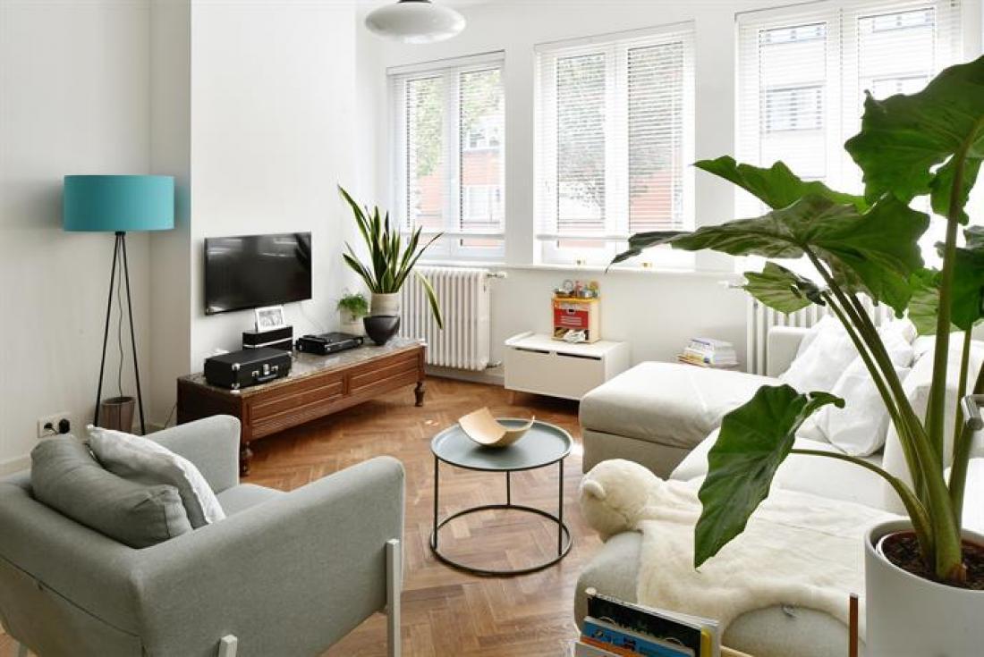 Modernistisch appartement met terras in Expowijk