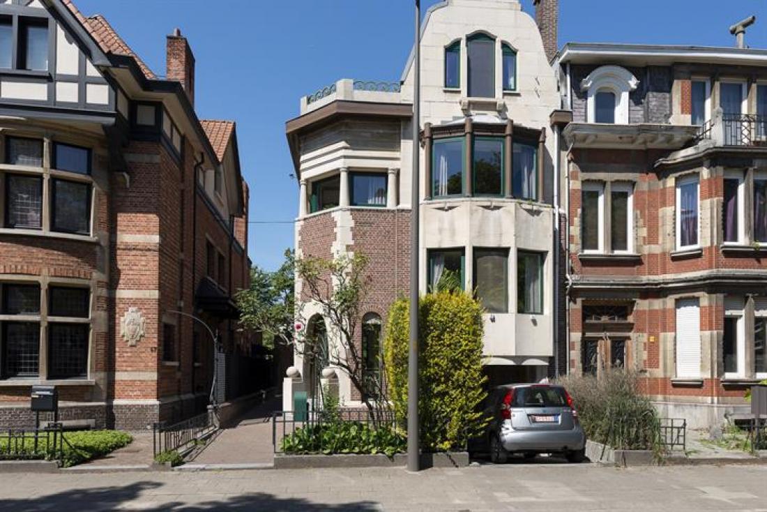 Sublieme art-decowoning met tuin en garage