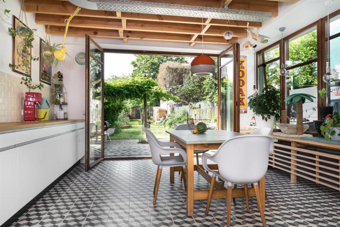 Knap appartement met weelderige tuin