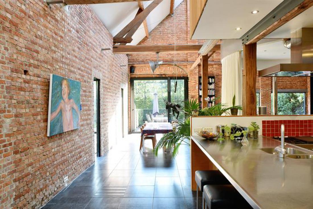 Origineel loft-huis met veel licht en ruimte
