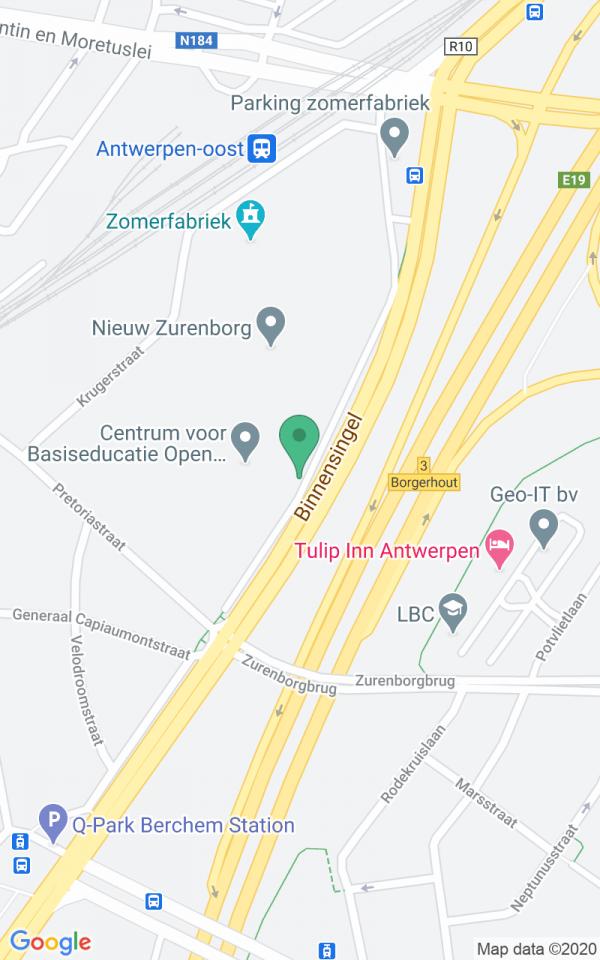 Zuiver art-deco app met terras